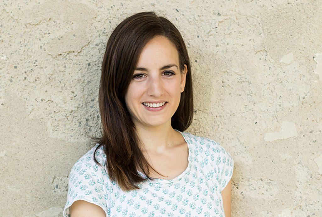 Anna Tscherne, Sabine Omann